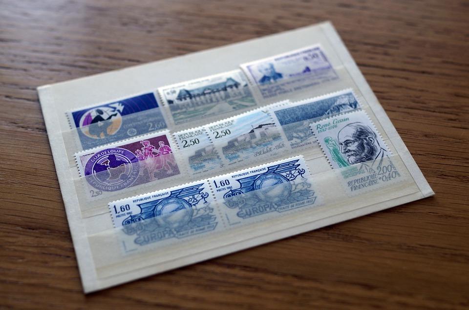 des timbres poste